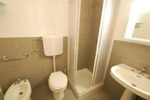 Residence Schubert, Appartamenti  Lignano Sabbiadoro - big - 8