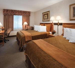 Queen Room with Two Queen Beds - No Windows
