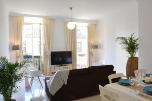 Ahro Suites, Апартаменты  Малага - big - 129