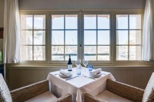 Hotel Helios - Ile des Embiez, Отели  Сис-Фур-Ле-Пляж - big - 24