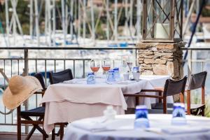 Hotel Helios - Ile des Embiez, Отели  Сис-Фур-Ле-Пляж - big - 25