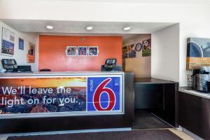 Motel 6 Reno Airport - Sparks, Szállodák  Reno - big - 18