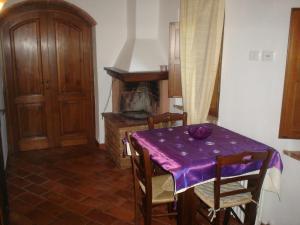 Casale Il Colombaio Di Toiano, Ferienhöfe  Sovicille - big - 15