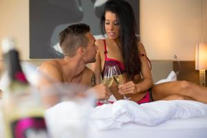 Alpen-Herz Romantik & Spa - Adults Only, Szállodák  Ladis - big - 103