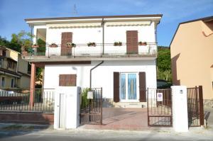 La Perla del Magra Holidays House - AbcAlberghi.com