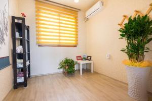Yours Guesthouse in Tongyeong, Vendégházak  Thongjong - big - 11