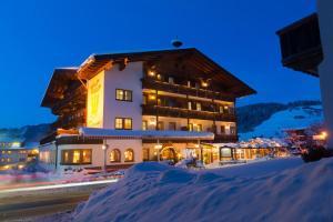Hotel Simmerlwirt, Szállodák  Niederau - big - 25