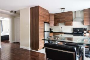 Apartment V
