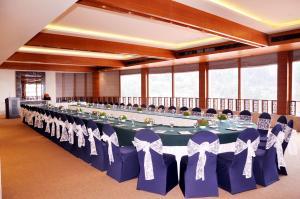 Radisson Hotel Shimla, Hotels  Shimla - big - 23