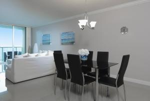 Apartamento de 1 dormitorio con vistas a la reserva marina y zona de estar