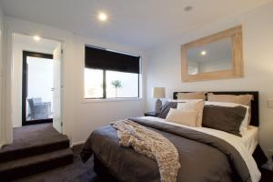 205-1 High Street Apartments