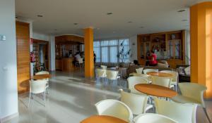 Hotel Dinajan, Hotels  Villanueva de Arosa - big - 39