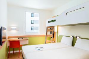 ibis budget Saint Quentin Yvelines - Vélodrome, Hotely  Montigny-le-Bretonneux - big - 9