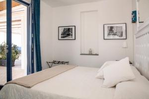 Hotel Cutimare, Hotely  Acquacalda - big - 59