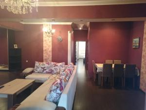 Apartment on Xudu Məmmədov 36, Apartmány  Baku - big - 2