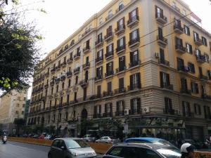 Be Italian Flat Bovio - AbcAlberghi.com