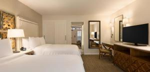 Embassy Suites by Hilton Scottsdale Resort, Resort  Scottsdale - big - 4