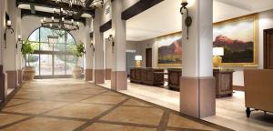 Embassy Suites by Hilton Scottsdale Resort, Resort  Scottsdale - big - 14