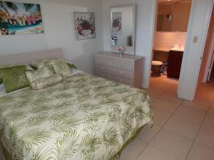 Sunflower Unit #4, Apartments  Cocoa Beach - big - 10