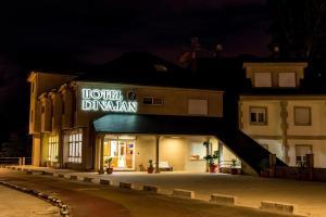 Hotel Dinajan, Hotels  Villanueva de Arosa - big - 21