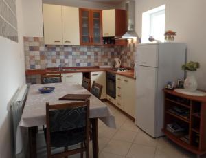 Apartment 4M, Apartmány  Mlini - big - 6