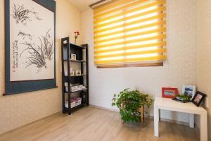 Yours Guesthouse in Tongyeong, Vendégházak  Thongjong - big - 2