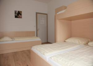 Jugend- und Familiengästehaus Heiligenblut, Hostels  Heiligenblut - big - 19