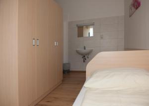 Jugend- und Familiengästehaus Heiligenblut, Hostels  Heiligenblut - big - 55