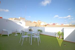 Flatsforyou Port Design, Apartments  Valencia - big - 72