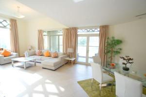 E&T Holiday Homes - Al Anbara