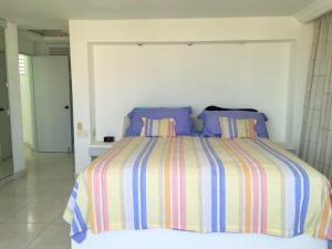 Three-Bedroom Apartment - Split Level