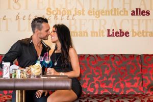Alpen-Herz Romantik & Spa - Adults Only, Szállodák  Ladis - big - 57