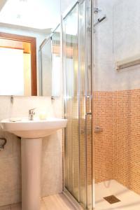 Superior Two-Bedroom Apartment - Roger de Flor