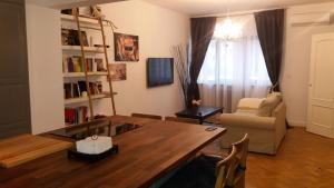 Romana Square Luxury Residence, Апартаменты  Бухарест - big - 1
