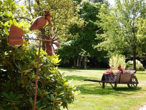 La petite saugère, Holiday homes  Bosguérard-de-Marcouville - big - 19