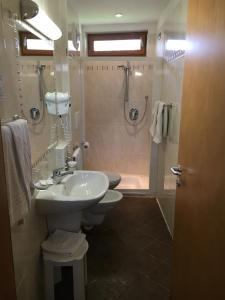 Hotel Garni Enrosadira, Hotely  Vigo di Fassa - big - 12
