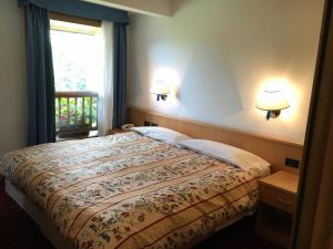 Hotel Garni Enrosadira, Hotely  Vigo di Fassa - big - 6