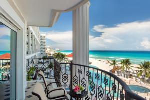 Zilara Ocean Front Luxury Suite King