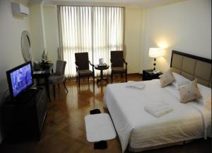 Mawlamyaing Strand Hotel, Hotels  Mawlamyine - big - 12