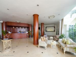 Mawlamyaing Strand Hotel, Hotels  Mawlamyine - big - 11