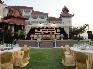 Mawlamyaing Strand Hotel, Hotels  Mawlamyine - big - 17