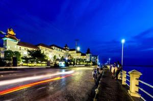 Mawlamyaing Strand Hotel, Hotel  Mawlamyine - big - 24