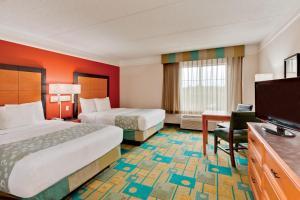 Pokój dwuosobowy typu Deluxe z 2 podwójnymi łóżkami