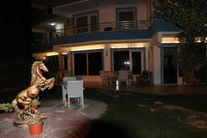 Apart Hotel Ege, Penzióny  Ayvalık - big - 57