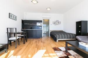 Apartment Sacre Coeur 2, Апартаменты  Прага - big - 8