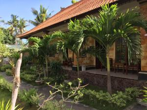 The Deny's Huts, Privatzimmer  Nusa Lembongan - big - 12