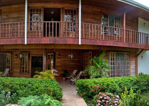 Santa Elena Lodge Cuajiniquil