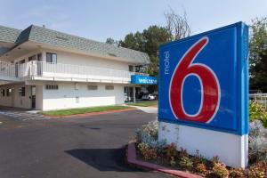 Motel 6 Davis - Sacramento Area, Hotely  Davis - big - 1
