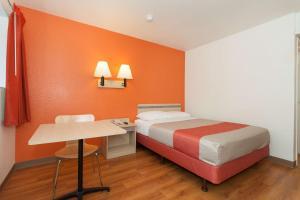Motel 6 Davis - Sacramento Area, Hotely  Davis - big - 36