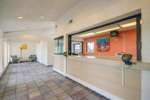 Motel 6 Houston-Baytown East, Hotels  Eldon - big - 37